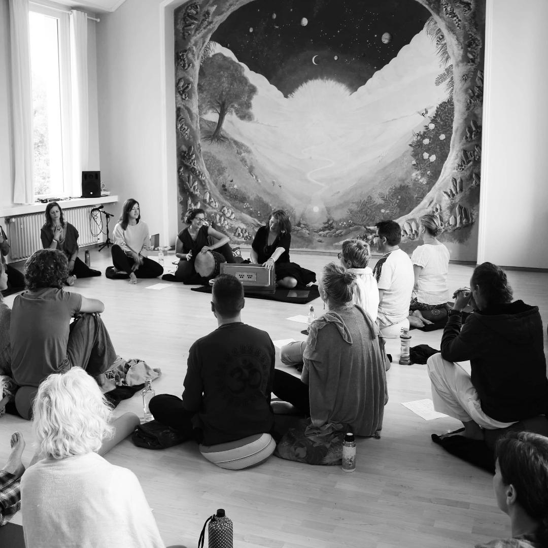 Kirtan & Meditation